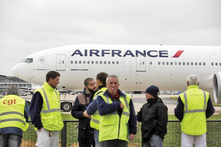 greva air france 720x479 Greva paralizeaza Air France