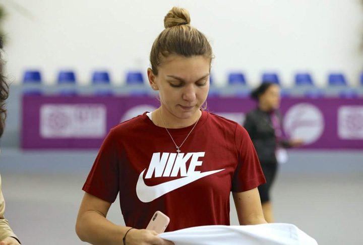 halep 1 720x486 Oficial: Halep, din nou regina tenisului