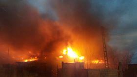 incend Incendiu puternic la Medgidia. Mai multe locuinte afectate de flacari