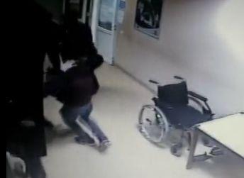 incid Medic luat la bataie intr un spital. S a intamplat in Mioveni