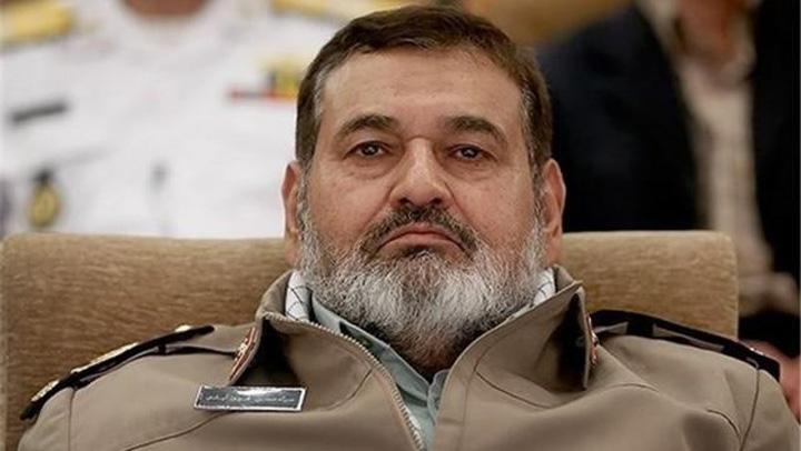 iran Iranul, spionat cu soparle si cameleoni