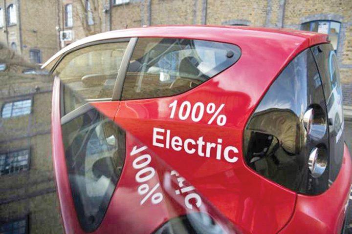 masini 720x480 Masinile electrice arunca in aer pretul cobaltului