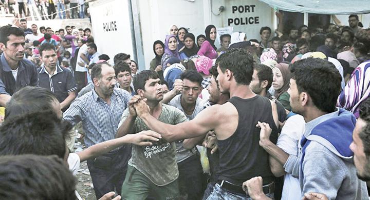 migrantii Liber la infractori in Romania!