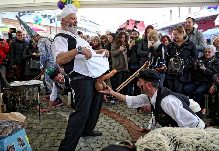 penis 2 Festivalul grecesc al penisului