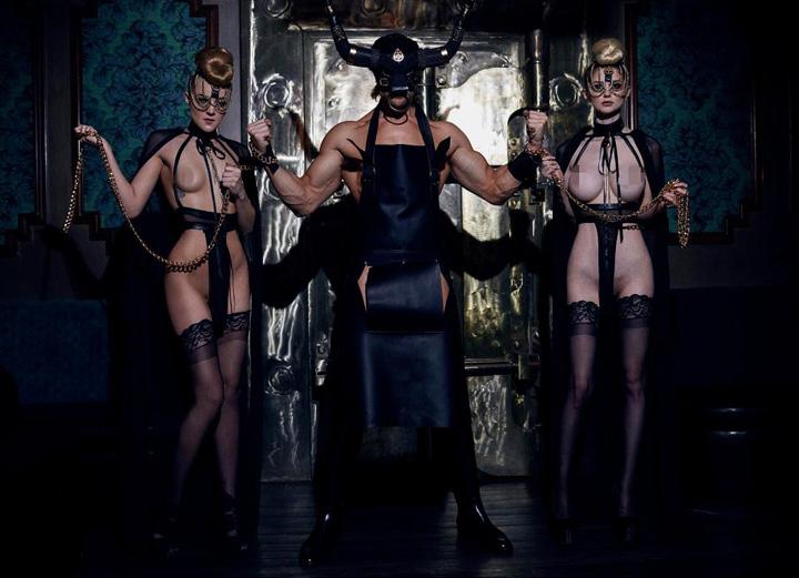 pervers 2 Trend in Europa: petrecerile perverse