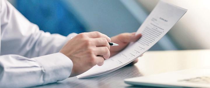 relatii Relatiile contractuale, hiba serviciilor de comunicatii electronice