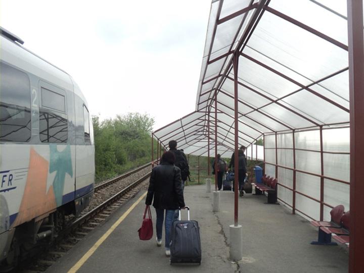 statie aeroport otopeni 4 ani pentru 2 km de cale ferata