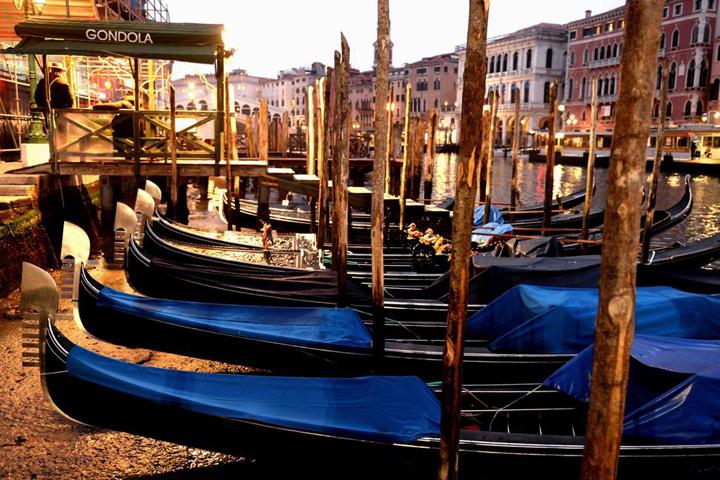 venetia Venetia pe sec