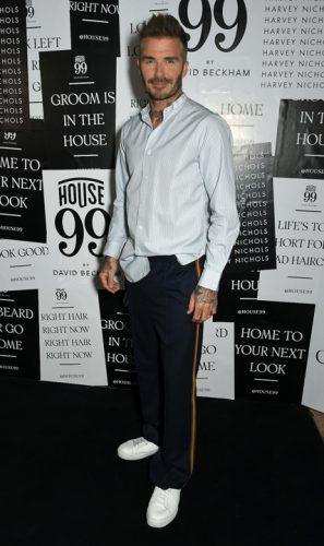House 99 Candid Magazine David Beckham 297x500 David Beckham se afunda n cosmetice