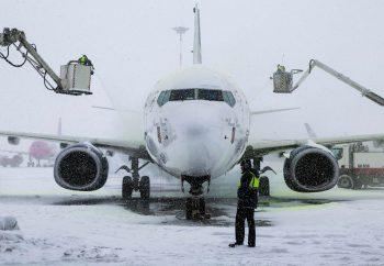 aerop 350x242 Trafic aerian in conditii de iarna, in Capitala. Unele avioane pot avea intarzieri