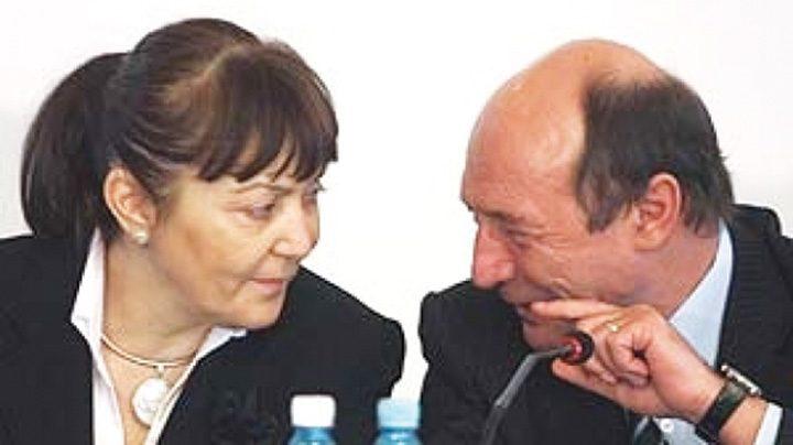 basescu macovei cotid 88113000 720x404 Basescu si Macovei ne au facut lacheii Europei