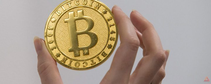 bitcoin 720x286 Atac din toate partile la monedele virtuale
