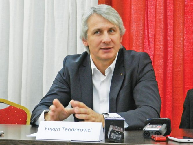 eugen teodorovici 667x500 Teodorovici vrea banii, nu puscaria