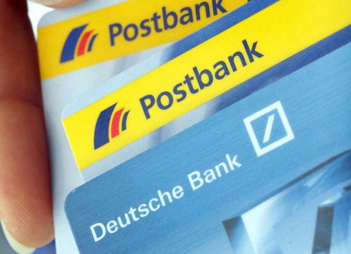 fuziune 690x500 Fuziunea Deutsche Bank Postbank lasa 6000 de someri