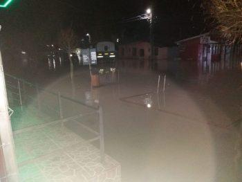 inundatii 4 350x263 Inundatii in Teleorman   20 de localitati afectate si drumuri inchise