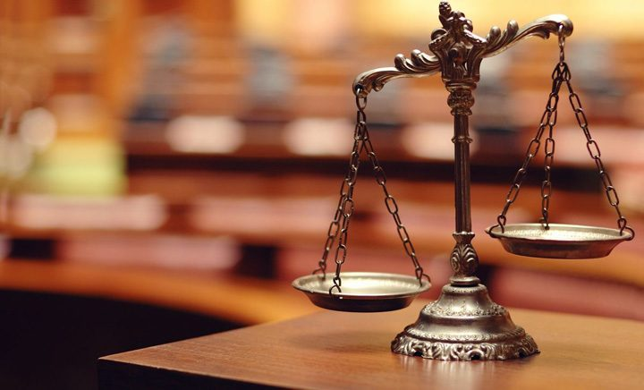 justitie 720x436 Justitia tine Postul Mare