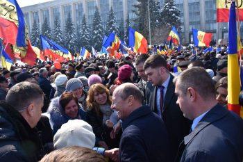 marea 3 350x233 Marea Adunare Centenara de la Chisinau. Basescu, mesaj