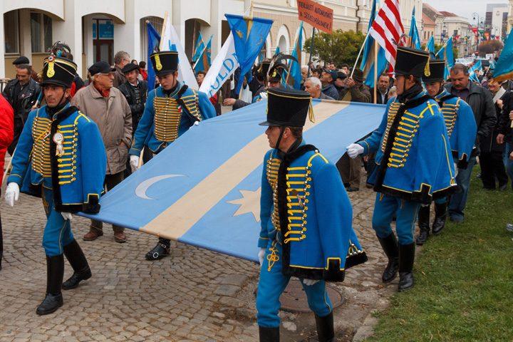 mars secuiesc 2 720x480 Maghiarilor nu le mai arde de autonomie