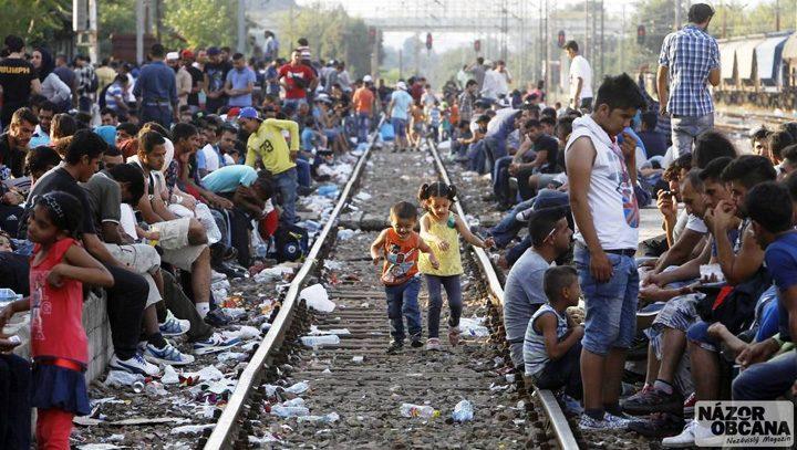 migranti 720x407 Turcia mai primeste 3 miliarde de euro de la UE