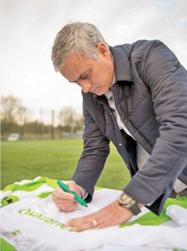 mourinho 2 374x500 Jose Mourinho, analist la rusi