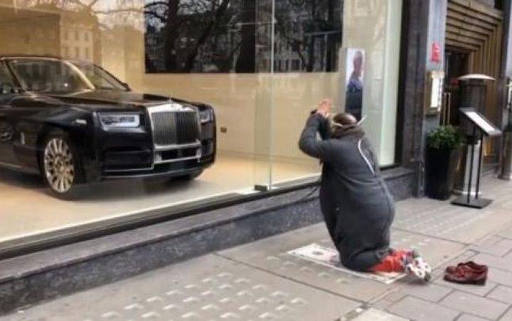 "oligarh 720x451 Oligarh, la Londra: ""Ma inchin la Rolls Royce !"""