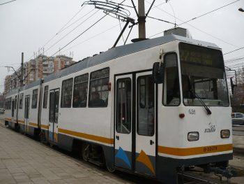 tramvai 350x263 Un tramvai a deraiat in Bucuresti
