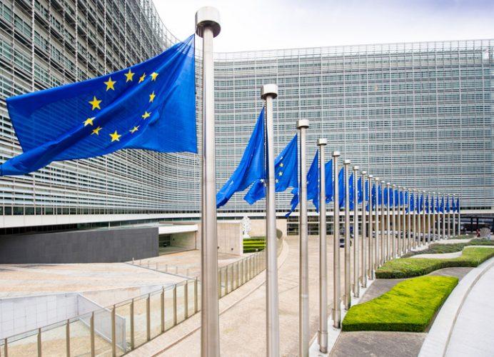 ue trump 692x500 UE riposteaza protectionismului lui Trump