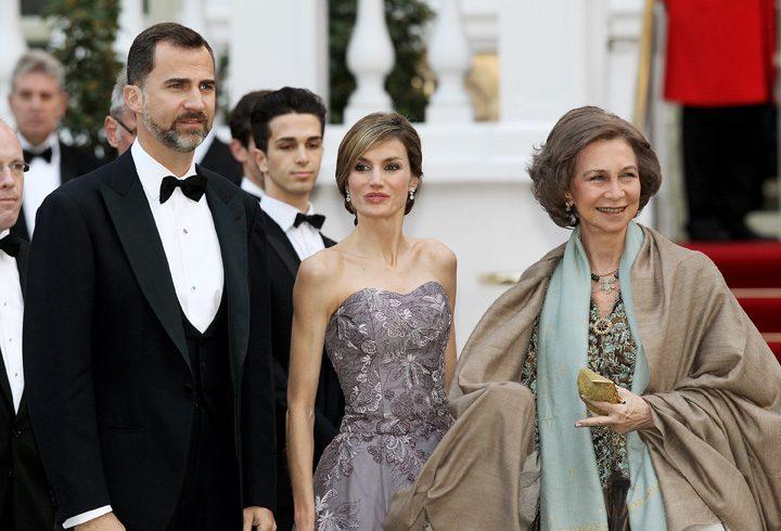 Felipe Letitia and Sofia 720x490 Scandal nora soacra in Casa Regala a Spaniei