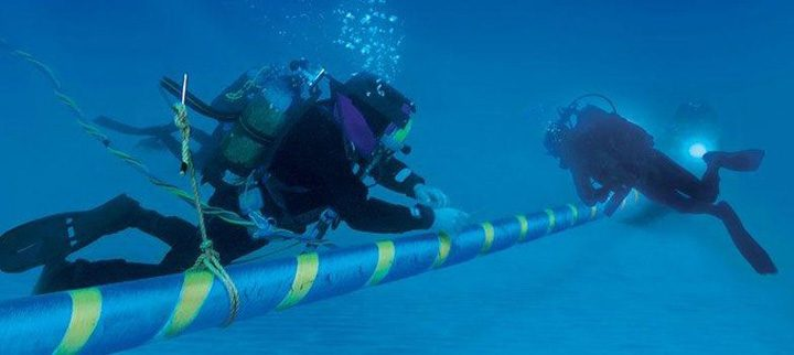 cablu 1 720x322 O nava a lasat vestul Africii fara Internet