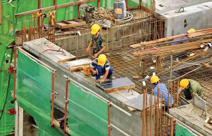 constructii 720x461 Lucrarile de constructii fara autorizatie nu vor mai fi pedepsite cu inchisoarea