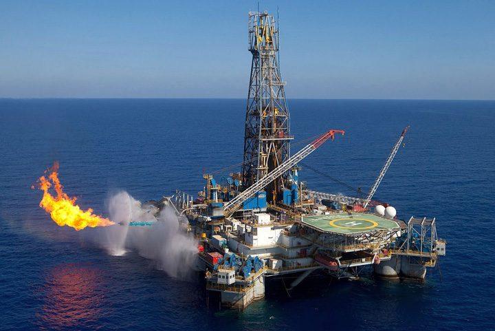 gaze naturale 720x481 100 de miliarde de metri cubi de gaze pleaca din Marea Neagra. Nici unul in Romania