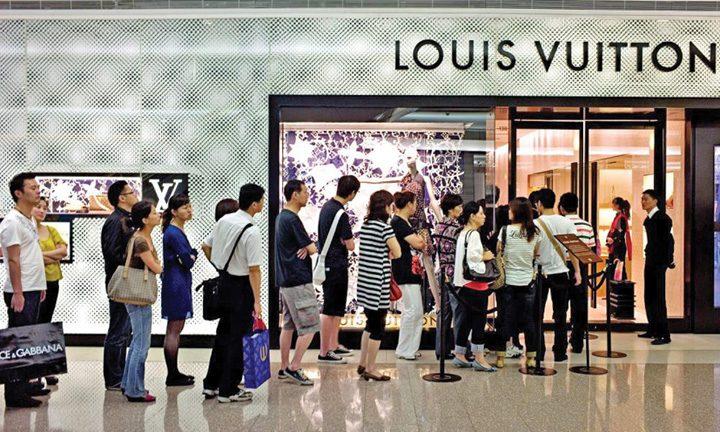 louis vuitton 720x432 Vanzari de  aproape 11 miliarde de euro pentru Louis Vuitton