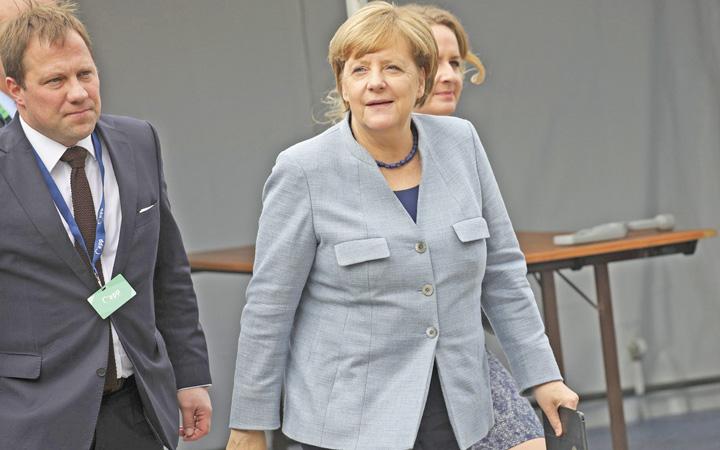 merkel Merkel vrea un Fond monetar european