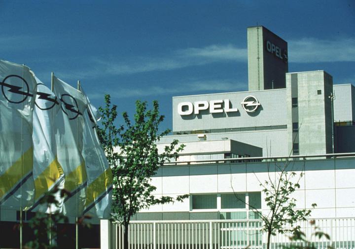 opel Scandal la Opel