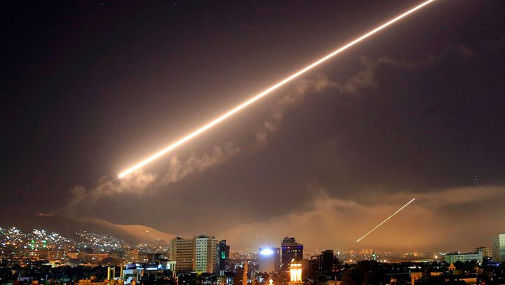syria missile air strike chemical weapons damascus trump assad putin 720x406 SUA si Rusia baga un Counter Strike in Siria