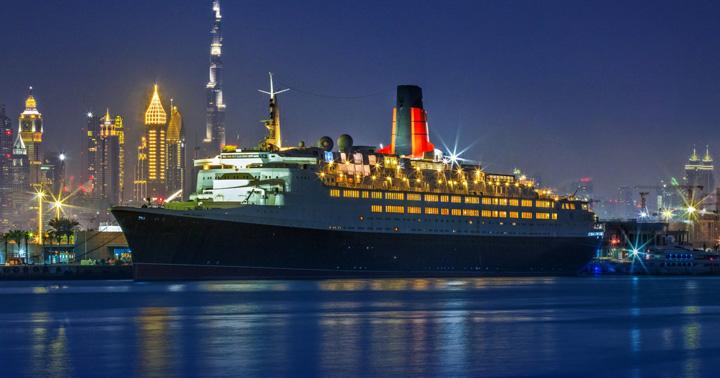 vas 1 Pachebotul Reginei Angliei, hotel plutitor in Dubai