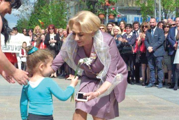 viorica dancila copil Fara copii la defilari