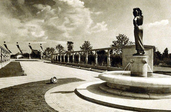 Fantana Modurei originalul 720x473 Fata cu ulciorul de apă din parcul Regele Mihai I