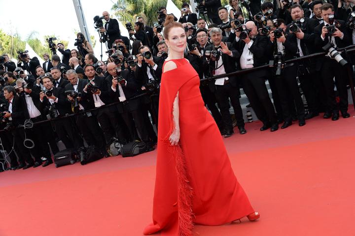 Julianne More Prima zi de Cannes, primele aplauze