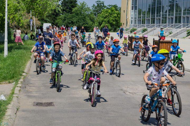 """Parada Micilor BIciclisti 4 720x480 Pedalează si Reciclează de 01 iunie la """"Parada Micilor Bicicliști"""""""