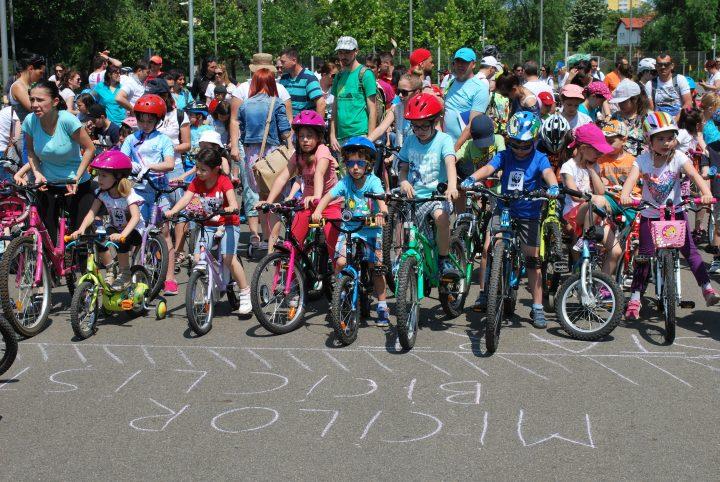 """Parada Micilor Biciclisti 2 720x482 Pedalează si Reciclează de 01 iunie la """"Parada Micilor Bicicliști"""""""