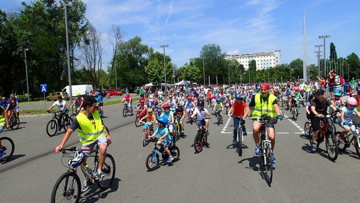 """Parada Micilor Biciclisti 720x405 Pedalează si Reciclează de 01 iunie la """"Parada Micilor Bicicliști"""""""