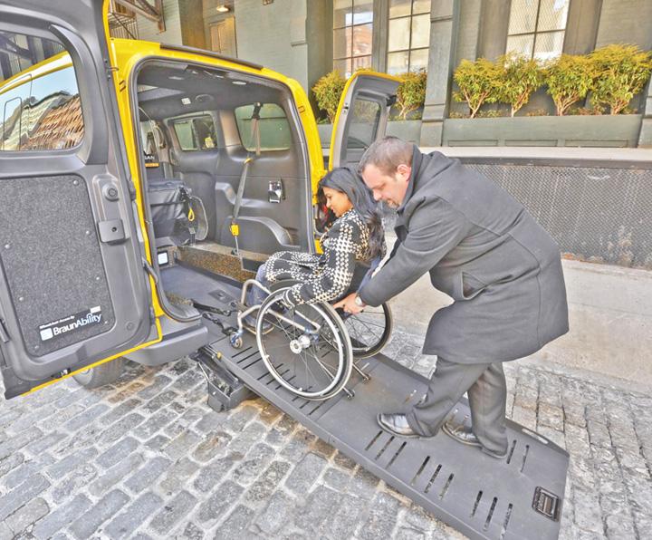 abilitaxi PMB propune transport gratuit pentru persoanele cu dizabilitati