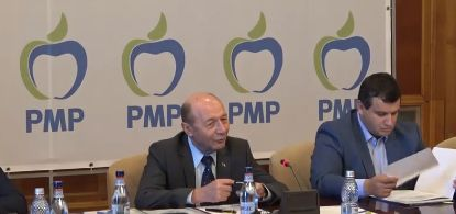 basescu Basescu reactioneaza la recentele plecari: i am trimis lui Dragnea trei lingai