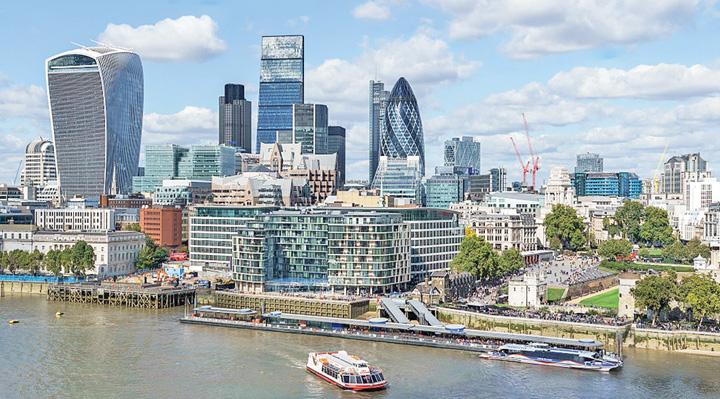city Putin a transformat Londra in Londongrad