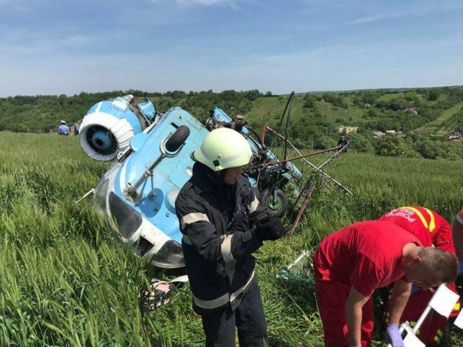 elicopter prabusit 667x500 Elicopter cu doi oameni la bord, prabusit la Turda. Imagini de la locul accidentului