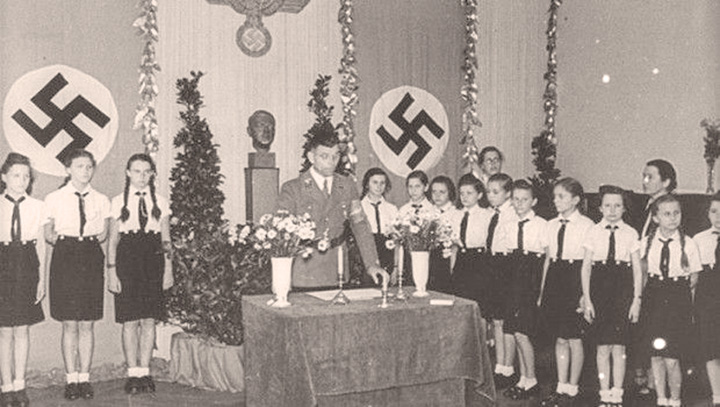 "grup etnic german Dosar de ""nazist"" la SIE!"