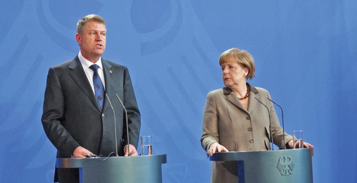 iohannis merkel  Merkel, cu mana n gatul Romaniei pentru Kosovo