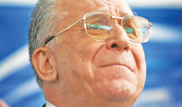 ion iliescu Ion Iliescu da de dracu' si in dosarul Revolutiei