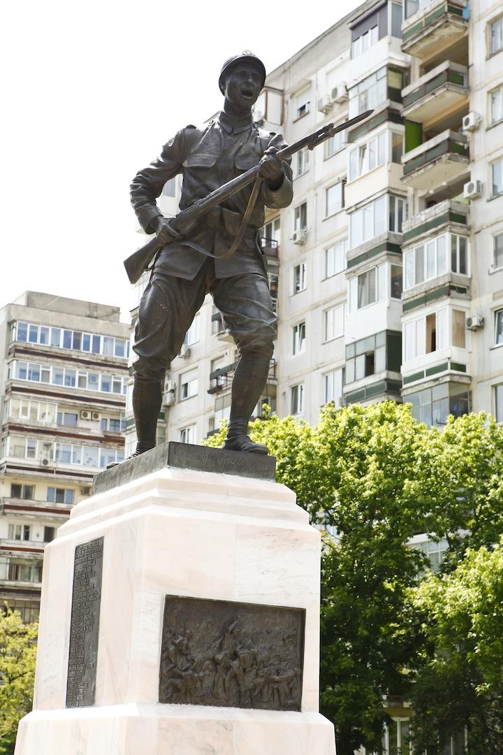 monumentul eroilor dudesti Eroii Marii Uniri, în fiecare colţ de Bucureşti